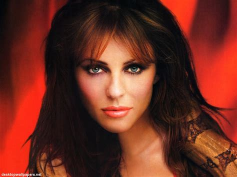 Elizabeth Hurley Hot Wallpapers