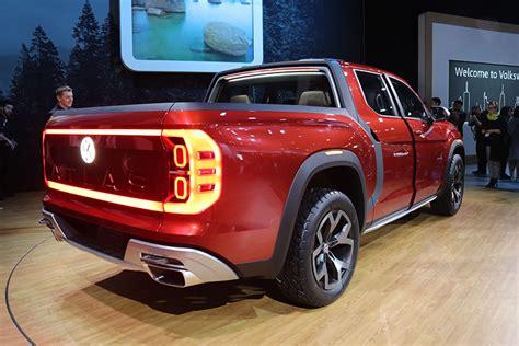New Vw Truck by 2018 Ny Auto Show Volkswagen Debuts Atlas Tanoak Truck