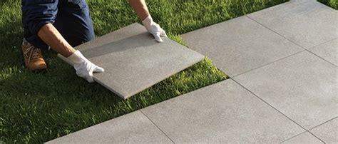 piastrelle posa a secco pavimentazioni esterne piastrelle per pavimenti