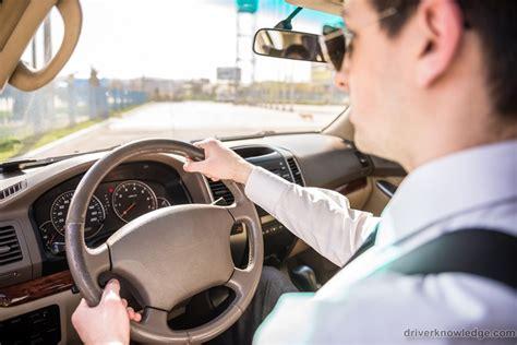 Top 10 Dangerous Driving Habits