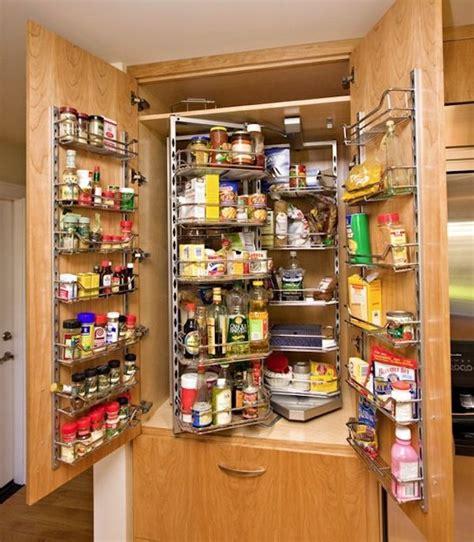 astuce amenagement cuisine 20 idées et astuces pour votre aménagement placard