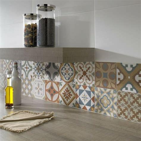 idee deco carrelage mural cuisine maison design bahbe