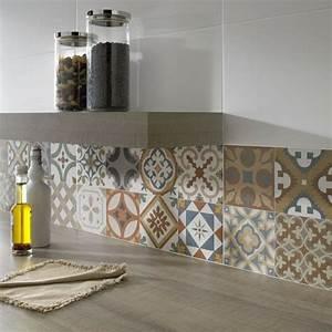 idee deco carrelage mural cuisine maison design bahbecom With idee carrelage mural cuisine