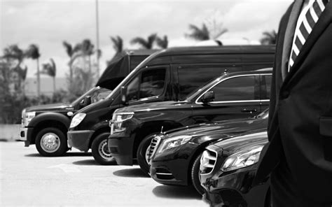 Luxury Limousine Service by West Palm Limo Service Car Rental Palm