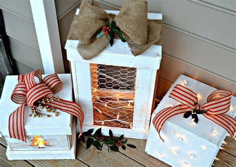 hometalk  pretty light  wooden presents