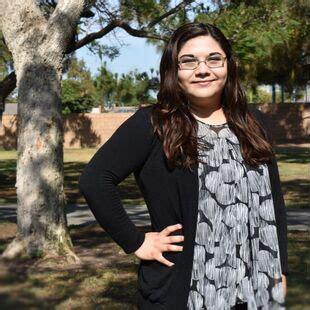 elizabeth altamirano bio la vida counseling center
