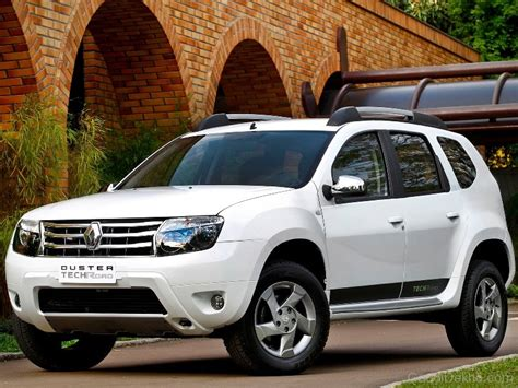 Renault Duster White Color Car Pictures Images