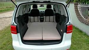 Auto Schlafen Matratze : sleeping in the car volkswagen touran ~ Jslefanu.com Haus und Dekorationen
