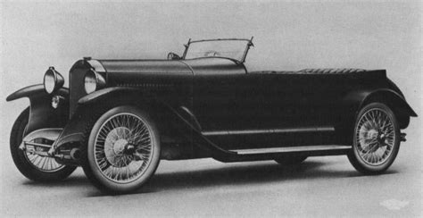 We are interested in the evolution of cars, and show their future. Mercedes-Benz ORIGINAL photos - Page 20 - Mercedes-Benz Forum