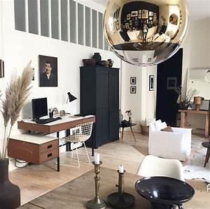 Chez Florence Bouvier  Une Maison Noir Et Blanc