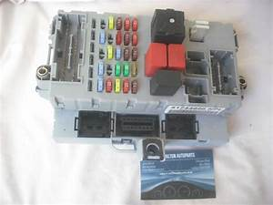 Fiat Doblo Van Diesel 1 9 Jtd Interior Under Dash Fuse Box