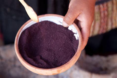 cocciniglia colorante alimentare cocciniglia colorante un pigmento rosso intenso molto antico