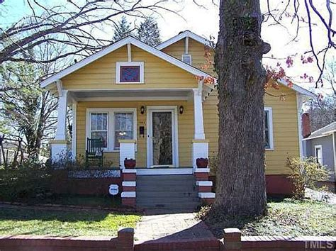 yellow bungalow yellow house bungalow exterior outside house colors exterior