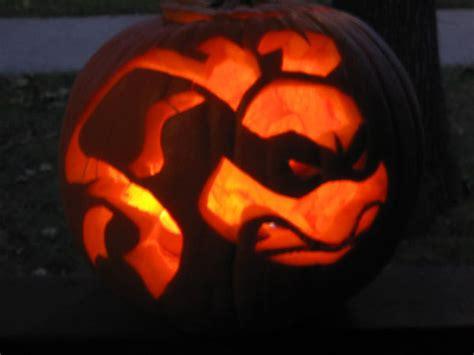 cool scary halloween pumpkin carving ideas designs  designbolts