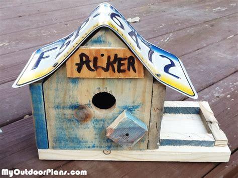 diy license plate bird house myoutdoorplans