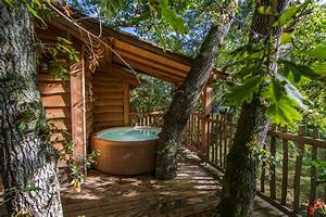 Comment Faire Une Cabane Dans Les Arbres : cabane dans les arbres avec jacuzzi isere seaandsea ~ Melissatoandfro.com Idées de Décoration