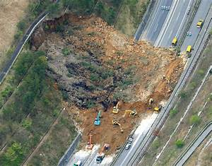 Earthquakes strike Japan