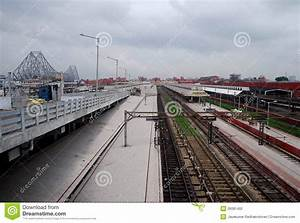 Howrah Bridge And Railway Station Stock Photo - Image of ...