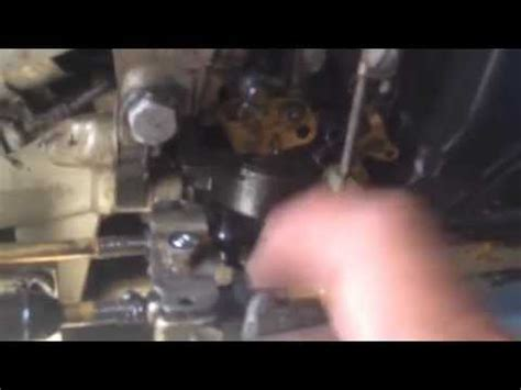 evinrude adjusting throttle cable  engine  run