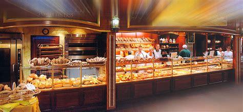 vitrine de boulangerie le fournil du rif