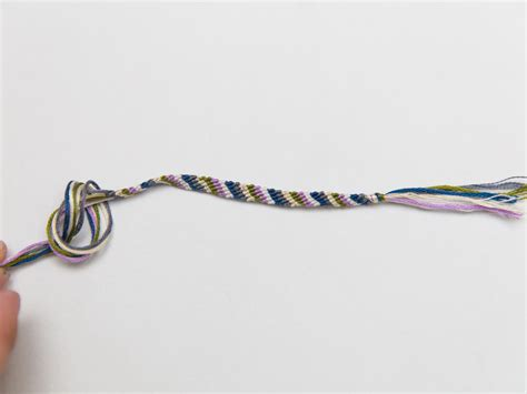 How To Make A Candy Stripe Friendship Bracelet With Pictures