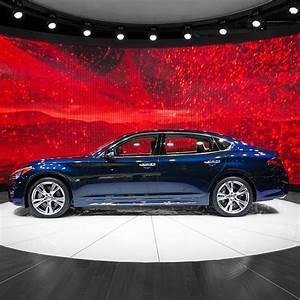 2014 New York International Auto Show Infiniti Q70