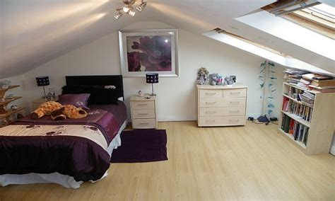 Ideas For Bedroom With Slanted Ceiling by Hanging Beds For Bedrooms Attic Bedrooms With Slanted