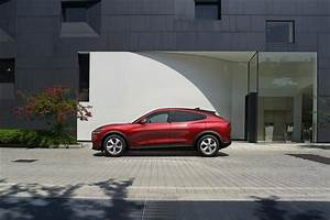 Ford Mustang MACH-E SUV SUV Elec 75kWh 198KW 269PS Standard Range 5Dr Auto car leasing