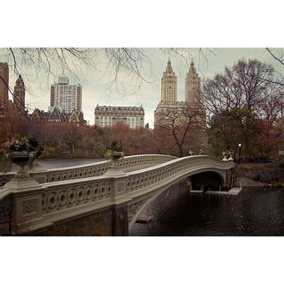 File:Bow Bridge in Autumn Central Park.jpg - Wikimedia