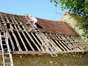 Faîtière De Toit : chelle de toit chelle de couvreur chelle de toiture ~ Dode.kayakingforconservation.com Idées de Décoration