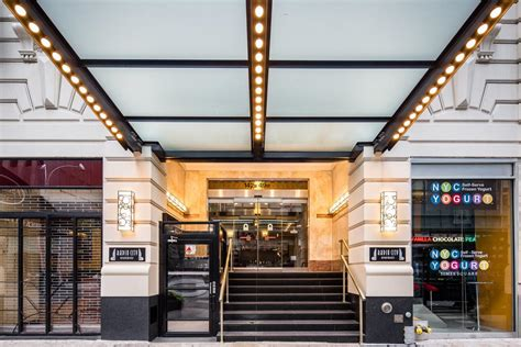Radio City Apartments  New York  Book Your Hotel With