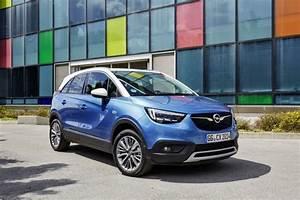 Avis Opel Crossland X : essai opel crossland x 1 2 turbo notre avis sur le nouveau crossland photo 8 l 39 argus ~ Medecine-chirurgie-esthetiques.com Avis de Voitures