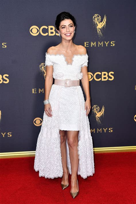 abiti tappeto rosso emmy awards 2017 fashion live from the carpet