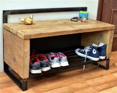 meuble palette bois le rangement chaussures efficace en 19 exemples