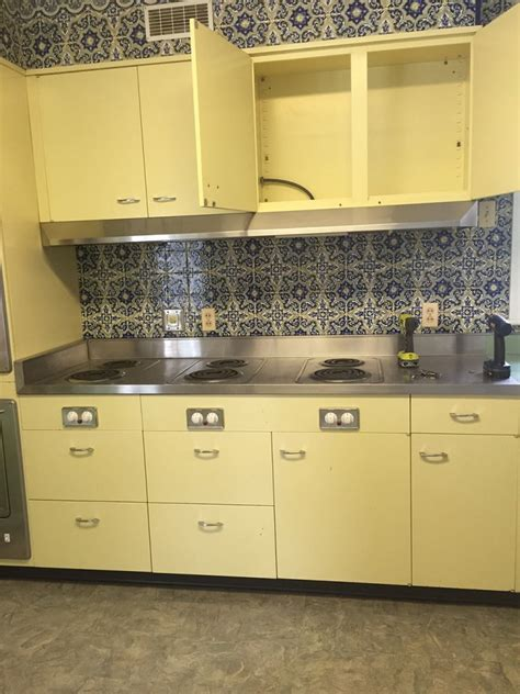 retro steel kitchen cabinets vintage st charles kitchen cabinets with thermador 4830