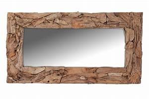 Große Wandspiegel Mit Rahmen : der gro e rechteckige wandspiegel mit seinem breiten rahmen aus recyceltem teakholz f llt durch ~ Bigdaddyawards.com Haus und Dekorationen