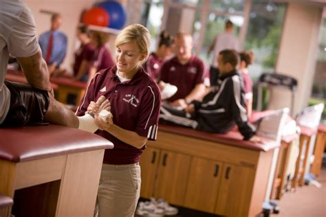 athletic training alma college