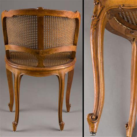 le de bureau but petit fauteuil de bureau canné style louis xv 240909
