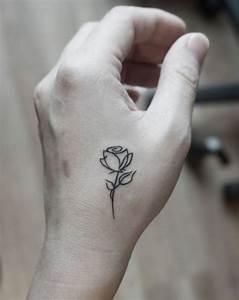 Rosen Tattoo Klein : 1001 ideen und inspirierende bilder zum thema rosen tattoo tattoo pinterest tattoos ~ Frokenaadalensverden.com Haus und Dekorationen