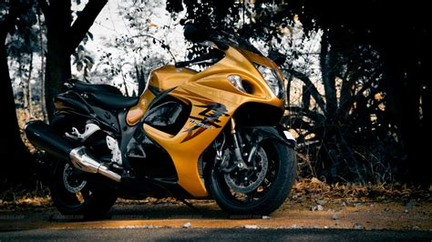 Suzuki Hayabusa Wallpapers Images Photos Pictures Backgrounds