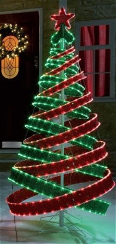 red  green christmas lights images  pinterest