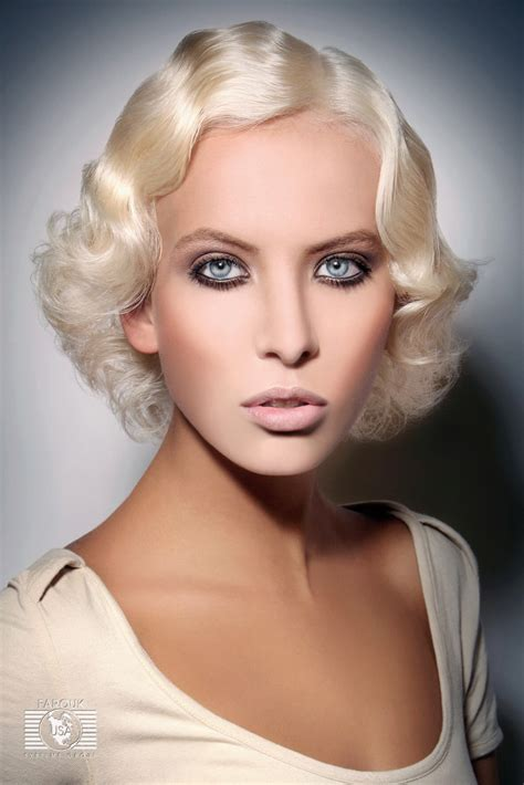 short blonde retro hairstyle  finger waves  water waves
