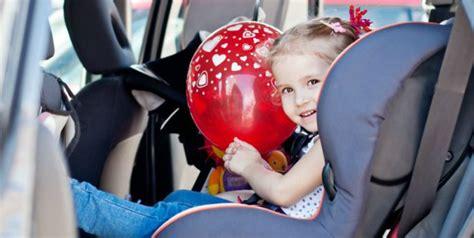 choisir un siège auto bébé choisir siège auto achat siège auto enfant