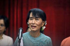 Aung San Suu Kyi on the move to Mogok, Pyin Oo Lwin- DVB ...