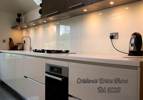 insert cuisine hauteur de hotte de cuisine 14 spécialiste en vitre