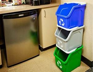Best 25 kitchen recycling bins ideas on pinterest for Best brand of paint for kitchen cabinets with recycling stickers for bins