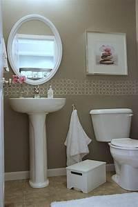 petit lavabo salle de bain maison design sphenacom With carrelage adhesif salle de bain avec tete de lit avec led integre