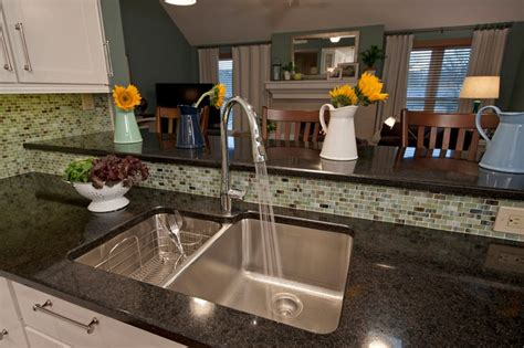 how to cut kitchen countertop for sink the quartz countertop frames an elkay bowl 9371