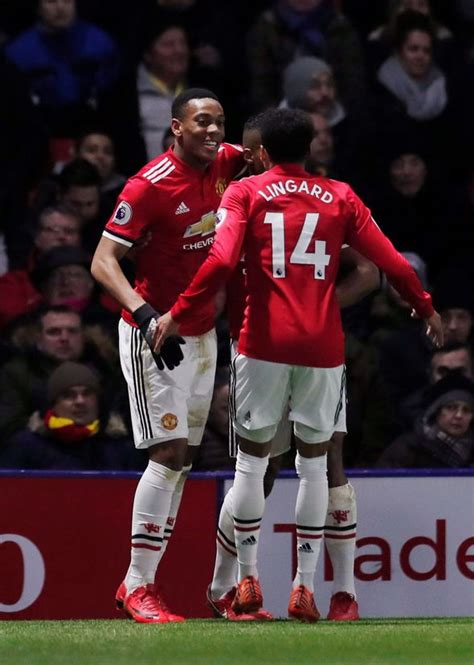 Watford 2-4 Manchester United AS IT HAPPENED: Ashley Young ...