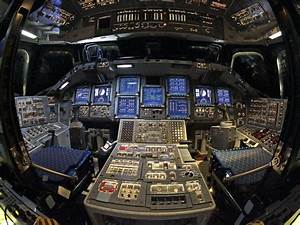 One Last Look At The Space Shuttle Endeavour's Cockpit ...